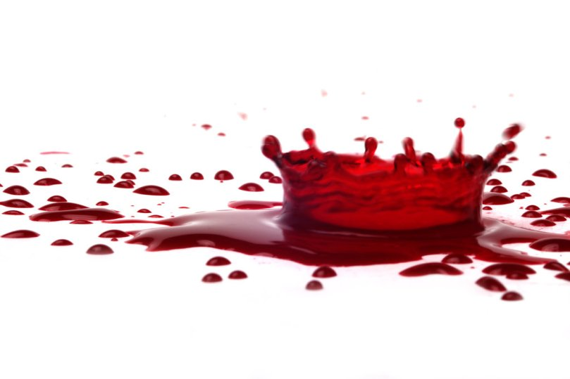 bloody_crown_by_jhontatan-d6eha3n